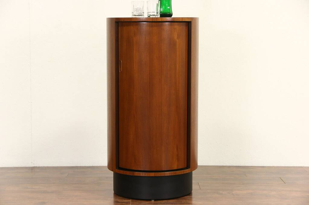 Sold Midcentury Modern 1960 S Vintage Teak Round Bar Or