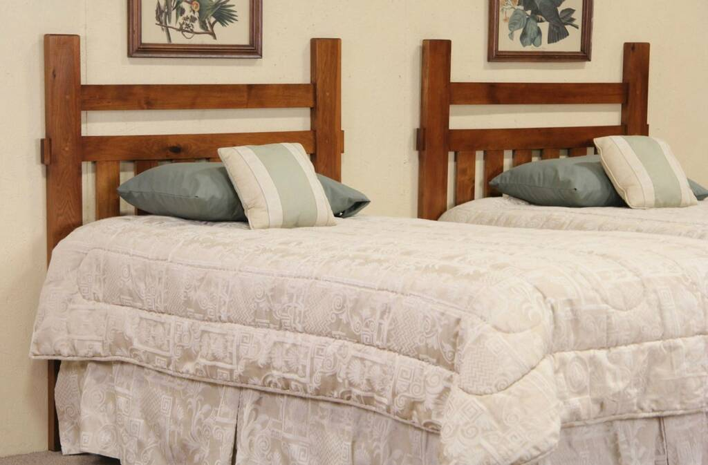 Sold pair of arts crafts vintage craftsman twin beds for Arts and crafts headboard