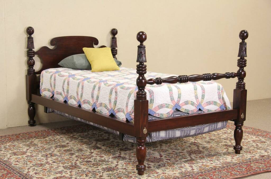 Poster bed 1850 antique carved mahogany extra long and for Narrow width bunk beds