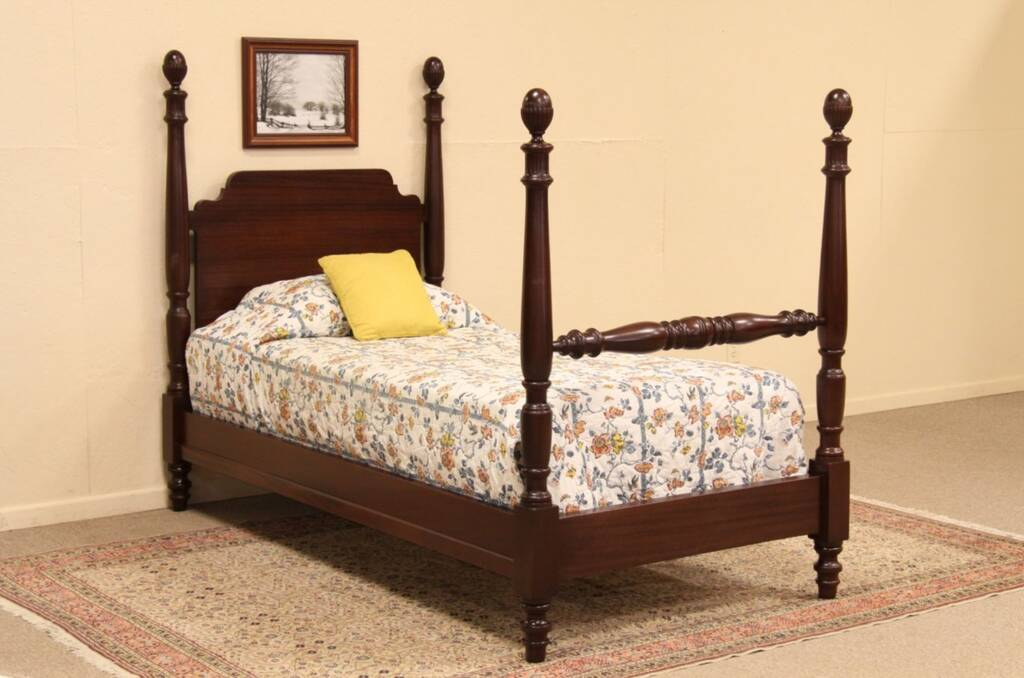 harp gallery antique furniture and antiques appleton wi. Black Bedroom Furniture Sets. Home Design Ideas