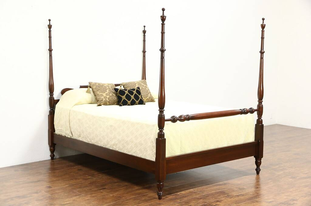 Sold cherry traditional queen size 4 poster vintage bed for Traditional four poster beds
