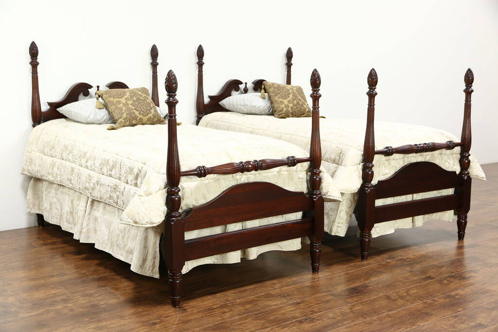 sold pair traditional mahogany 4 poster vintage twin beds carved flame finials harp gallery. Black Bedroom Furniture Sets. Home Design Ideas