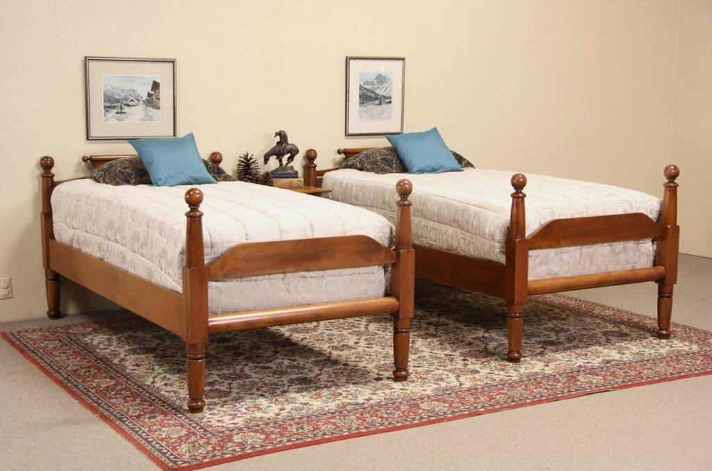 Sold Pair Of Cannon Ball 1840 S Antique Twin Poster Beds
