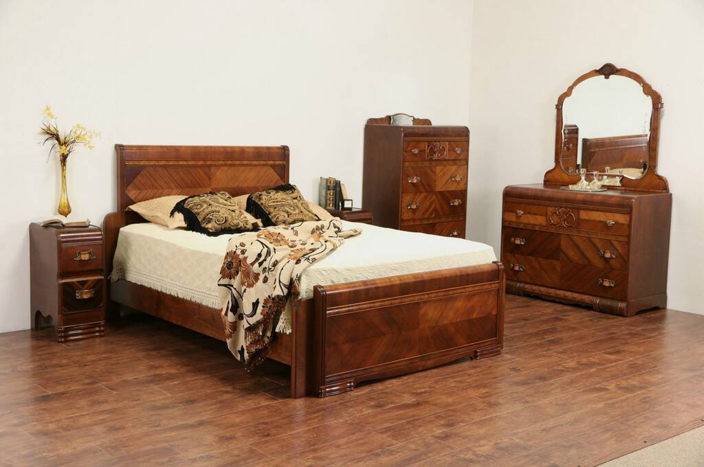 sold art deco waterfall 1935 vintage queen size 5 pc. Black Bedroom Furniture Sets. Home Design Ideas