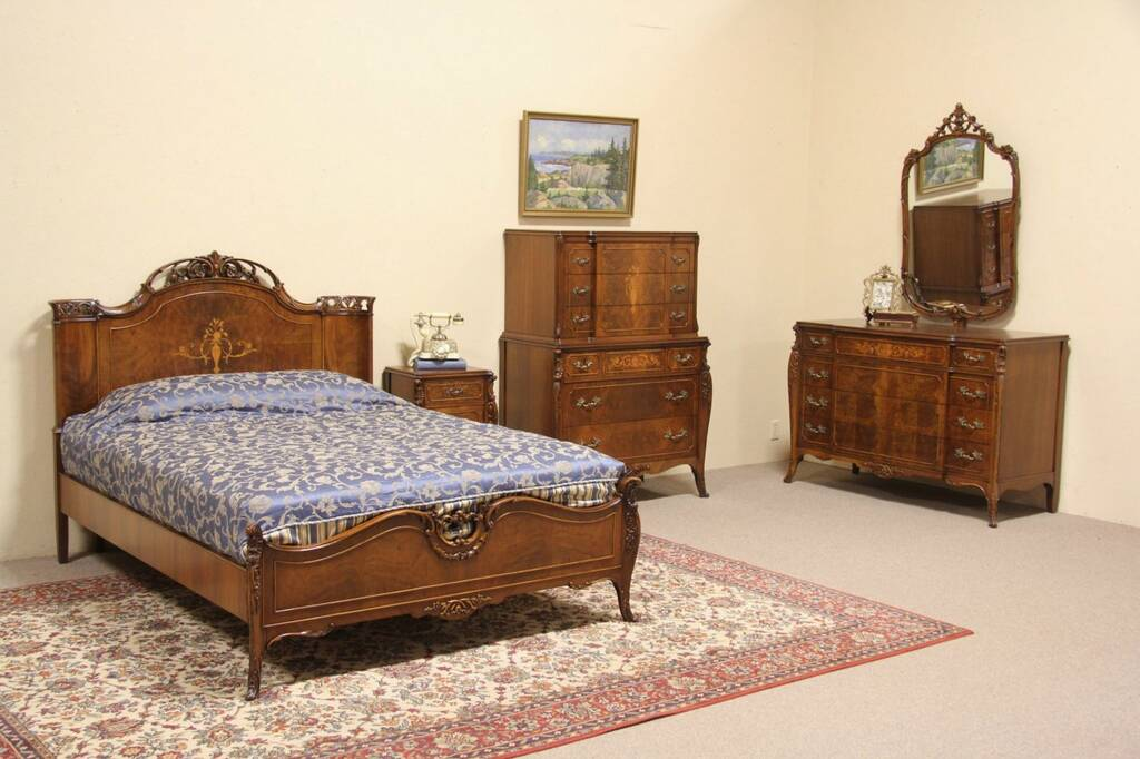 Sold Full Size 4 Pc Bedroom Set Walnut Marquetry