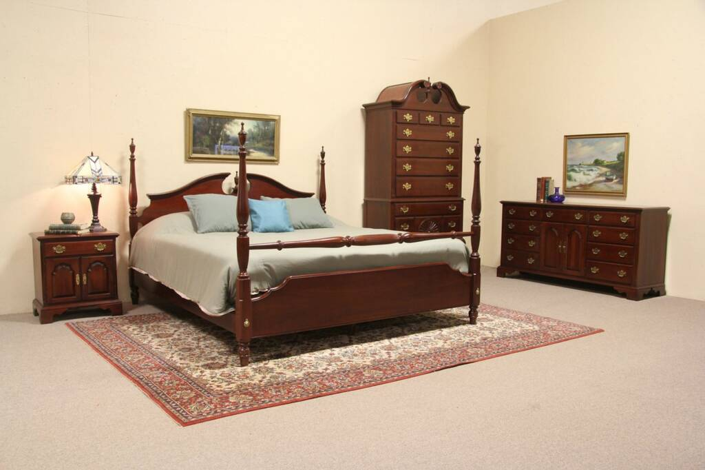 Sold Knob Creek Cherry 1992 King Size 4 Pc Bedroom Set