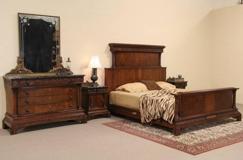 Classical King Size Carved 1925 Italian Bedroom Set Bed Nightstands Dresser Harp Gallery
