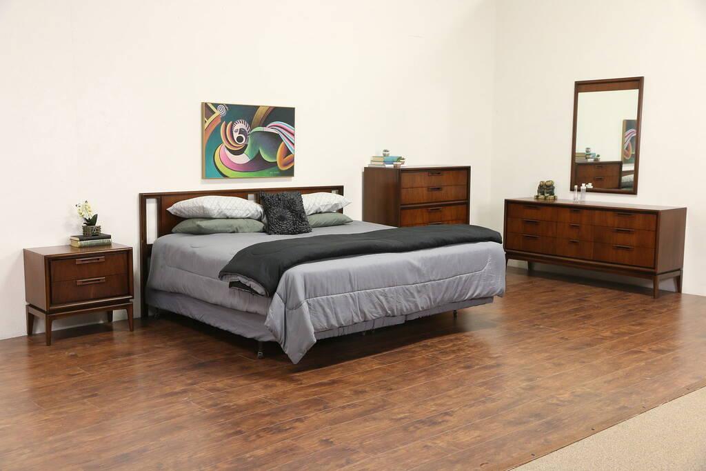 Sold Midcentury Modern 1960 S Vintage 5 Pc Bedroom Set