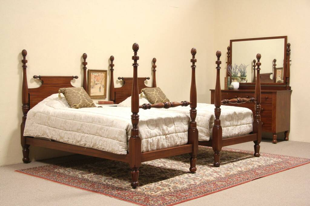 Sold Cowan 1900 Antique 3 Pc Bedroom Set Dresser Pair Twin Poster Beds Harp Gallery