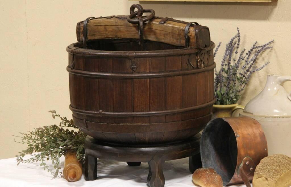 Sold Asian Wooden Water Well Antique 1900 Bucket Yoke
