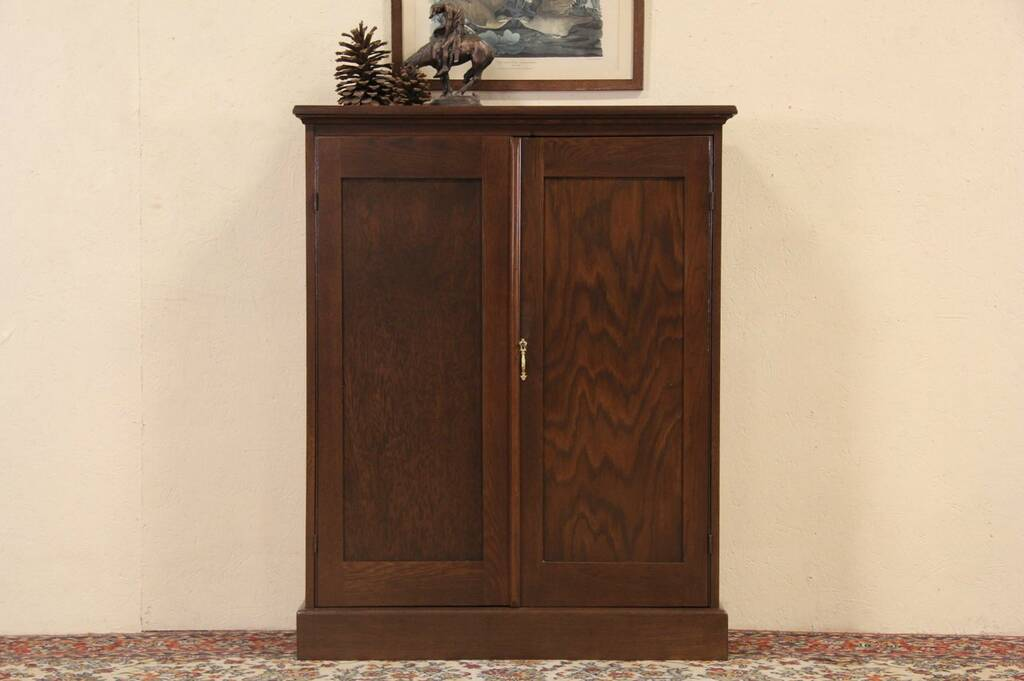 Sold Oak 1915 Pantry Cupboard 2 Door Cabinet Harp Gallery Antique Furniture