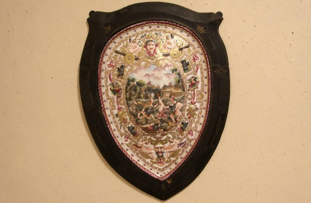 Sold Capodimonte Royal Naples 1800 S Porcelain Shield