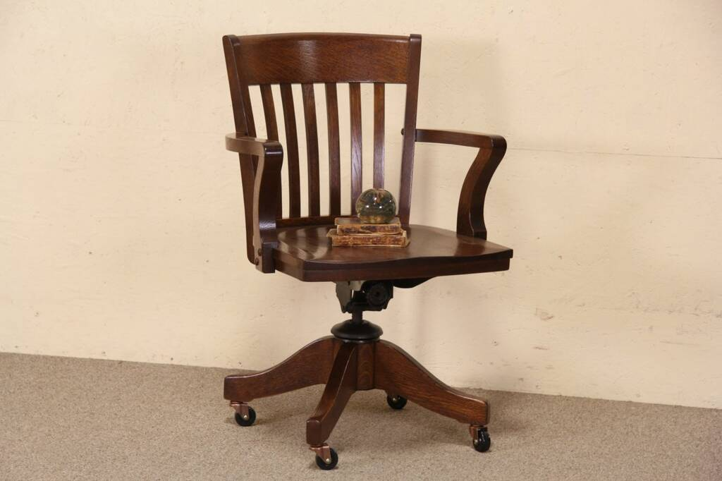 Sold Oak Antique Johnson 1920 Swivel Adjustable Desk Arm