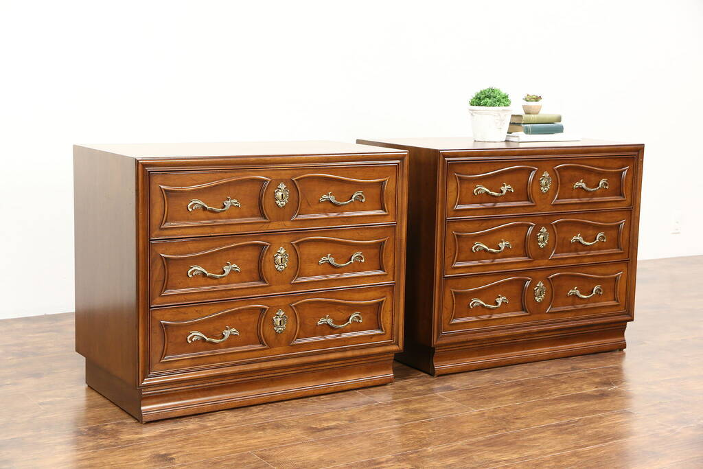 Pair Of 1960 39 S Vintage Cherry Chests Or Nightstands Signed Henredon Harp Gallery Antique