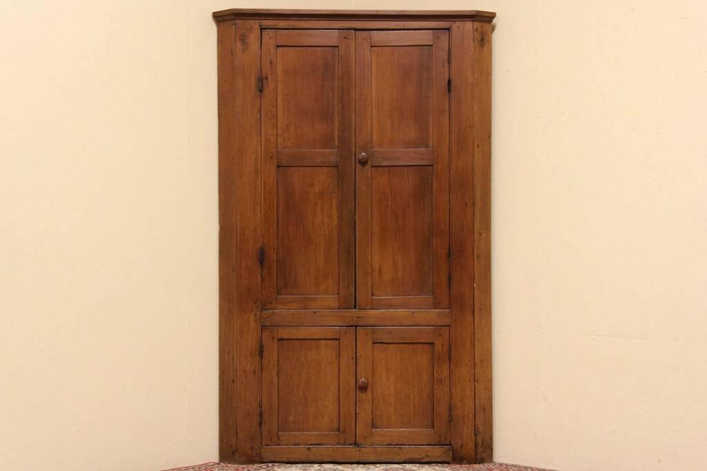 Primitive antique 1850 missouri walnut country corner for The country corner