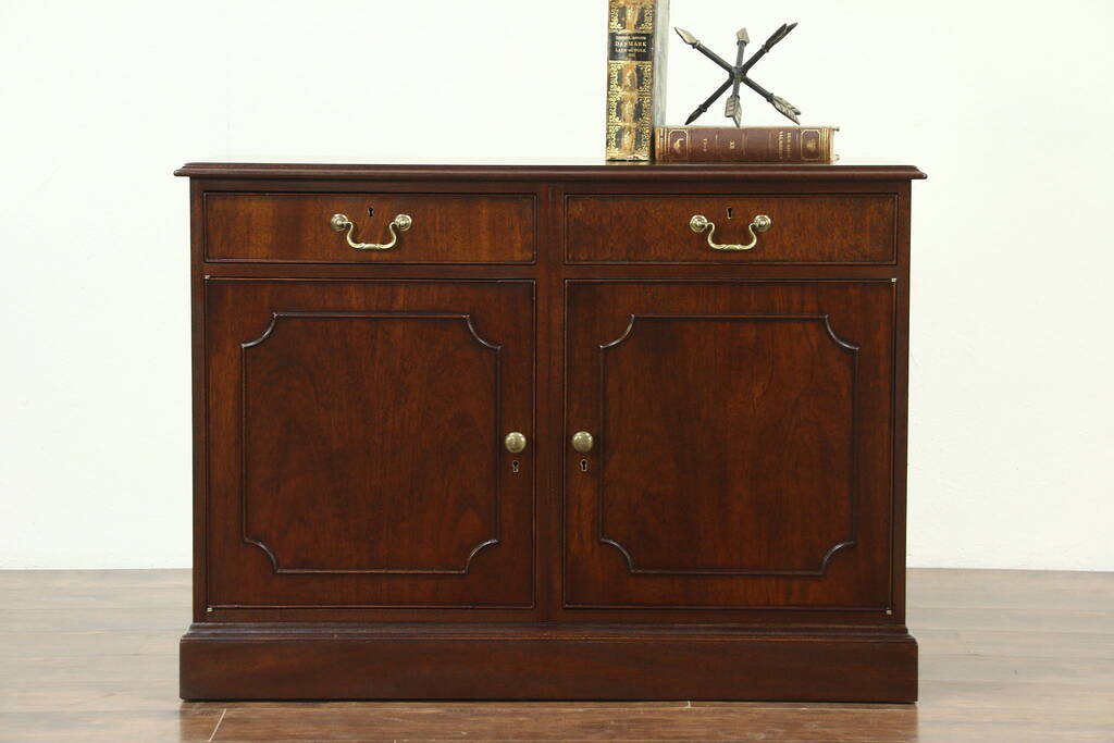 Traditional Mahogany Vintage 2 Drawer Credenza Or Cabinet