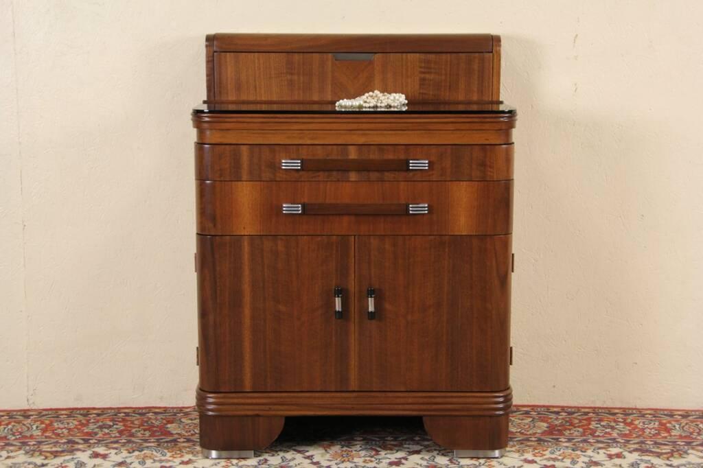 hamilton art deco 1935 medical or dental cabinet nice for bath. Black Bedroom Furniture Sets. Home Design Ideas