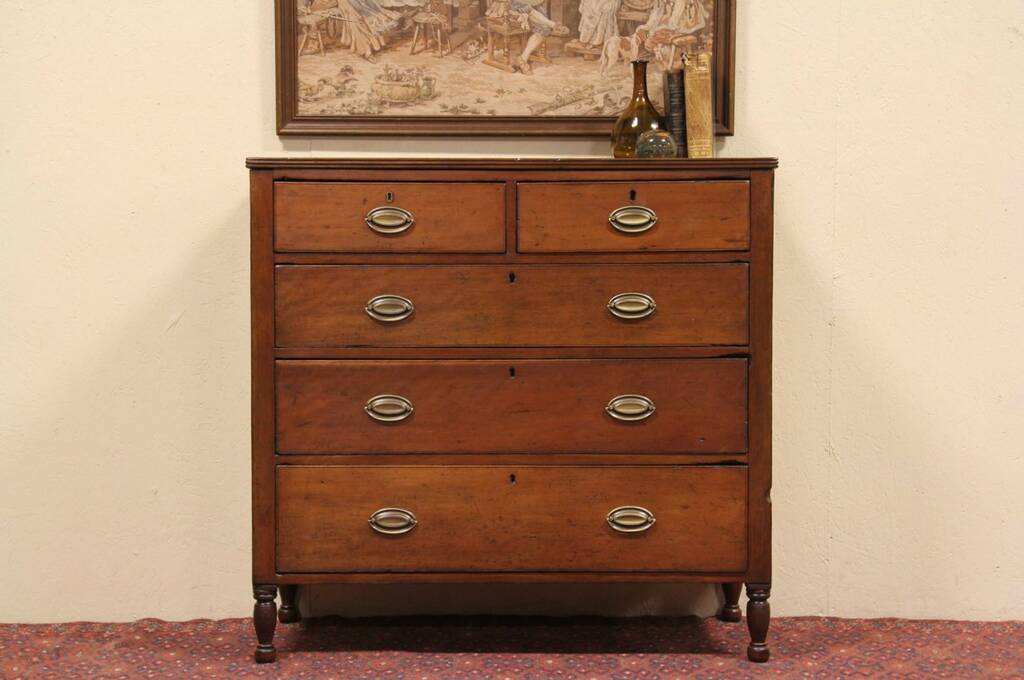 Sold Country Hepplewhite 1800 Cherry Chest Or Dresser