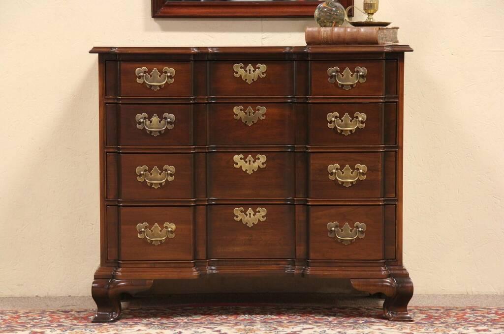 Sold Ethan Allen Cherry Vintage Blockfront Chest Or Dresser Harp Gallery Antique Furniture