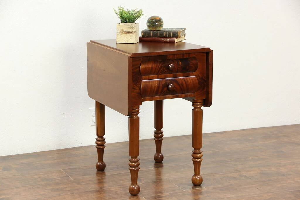 Dropleaf 1830 S Antique Cherry Amp Mahogany Lamp Table