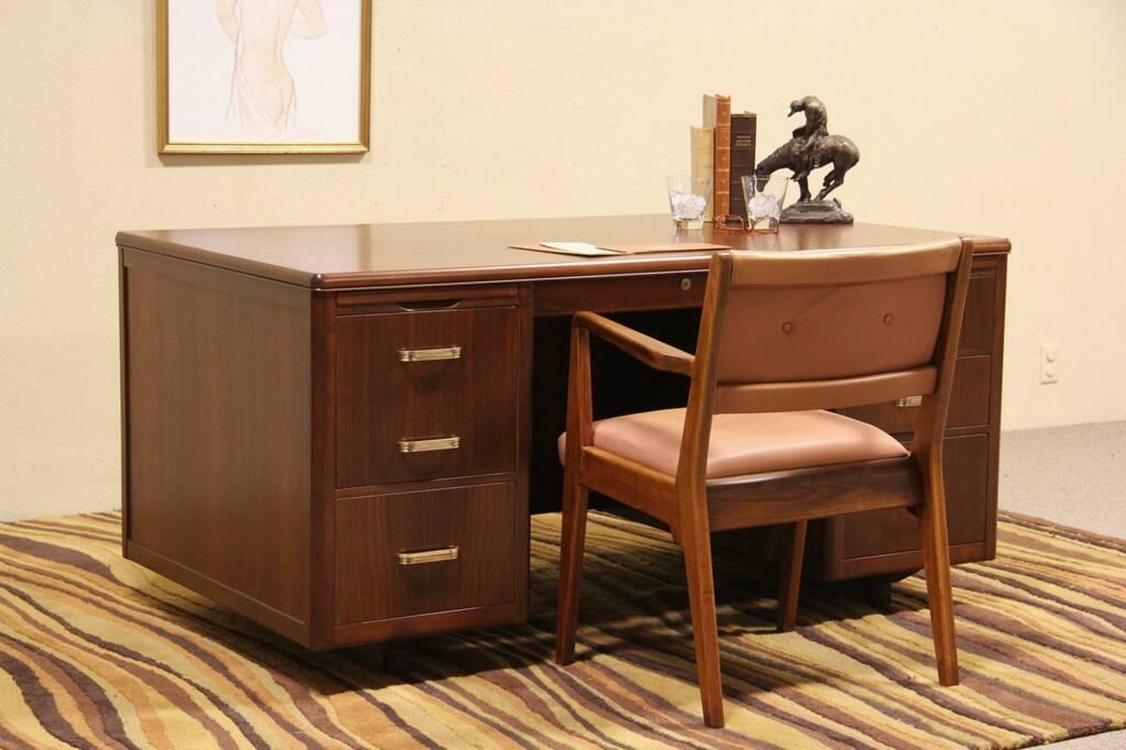 Sold Midcentury Modern Leopold Vintage 1960 Executive