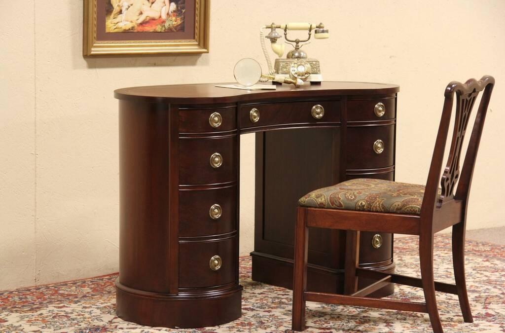 Sold Sligh Lowrey Kidney Shape 1949 Vintage Desk Harp Gallery Antique Furniture