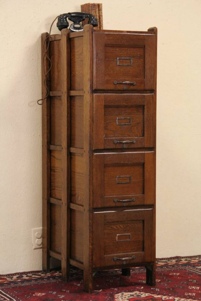 Sold Arts Amp Crafts Mission Oak 1910 Antique 4 Drawer