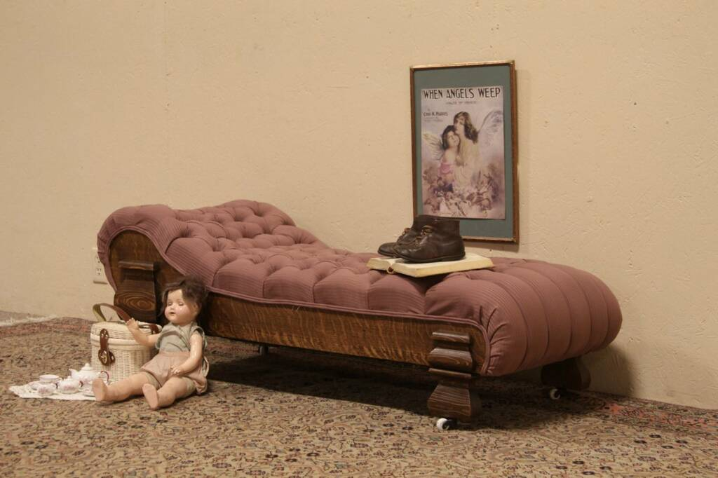 Sold Victorian Child S Fainting Couch Or Chaise Lounge