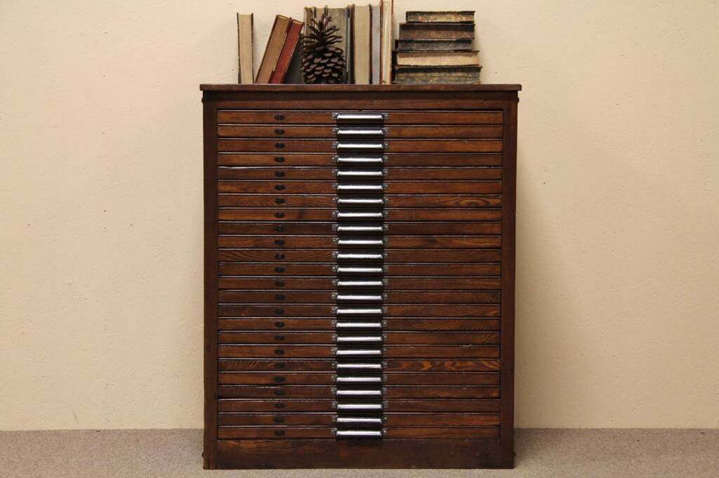 Sold Hamilton 24 Drawer Oak Printer S File Cabinet