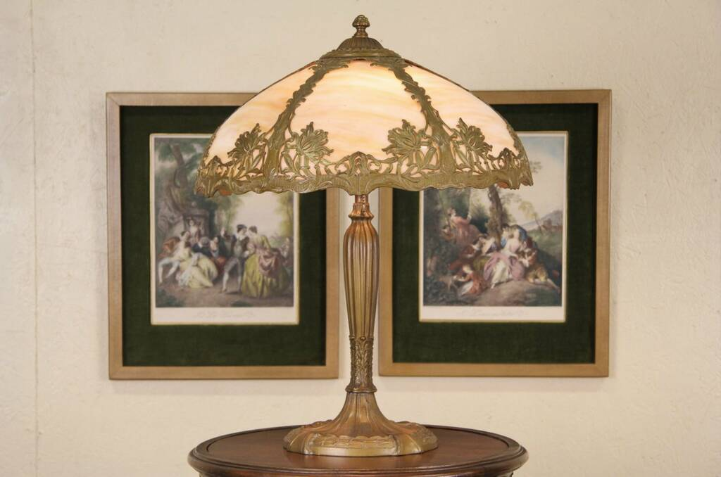 Sold Royal Art Glass Nyc Antique Table Lamp Stained