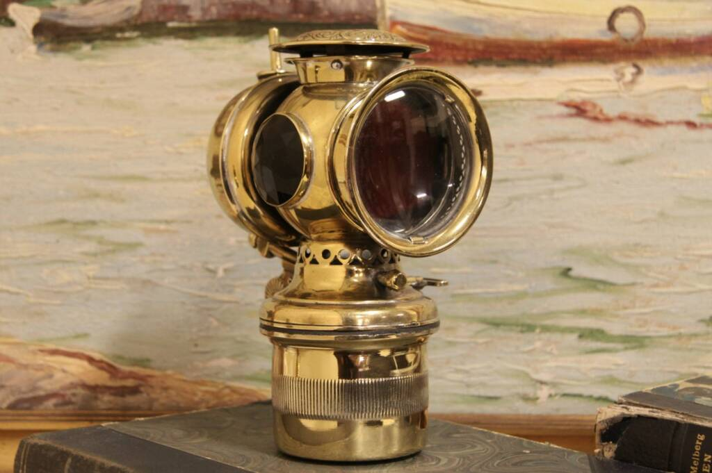 Sold Solar Brass 1900 Antique Auto Or Carriage Oil Lamp