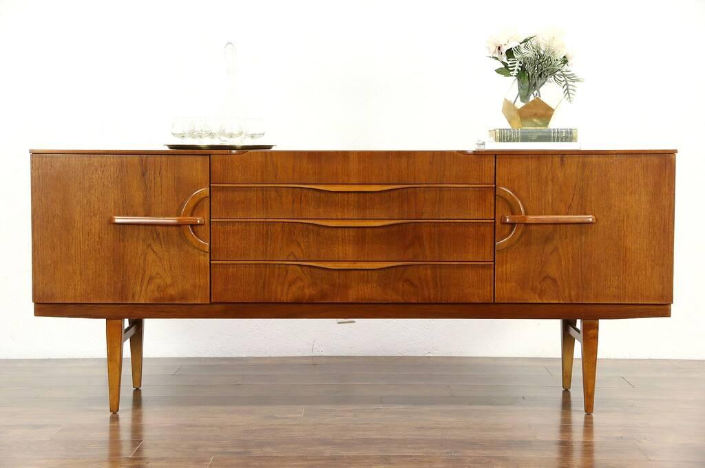 sold teak midcentury modern 1960 vintage credenza sideboard or tv console england harp. Black Bedroom Furniture Sets. Home Design Ideas