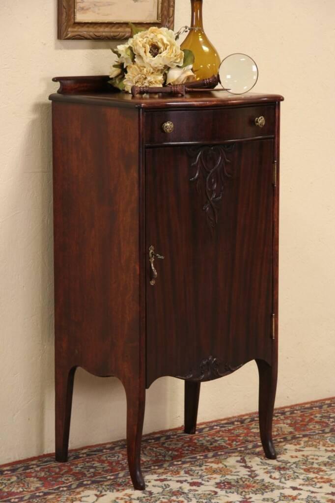 Modern Mahogany Furniture