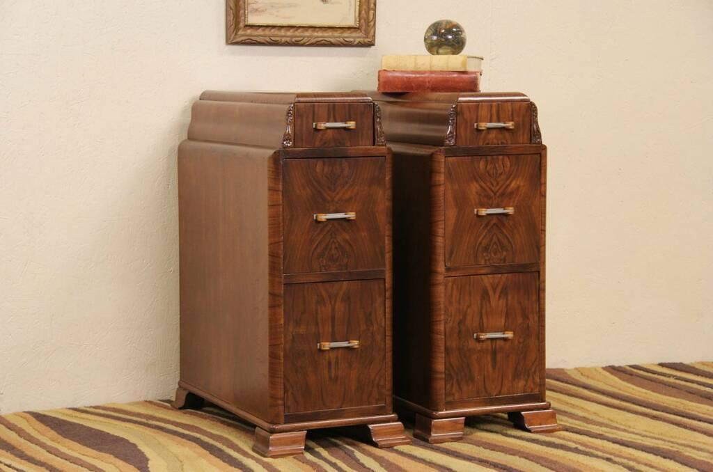 Sold Pair Art Deco 1930 S Narrow Nightstands Or Bedside