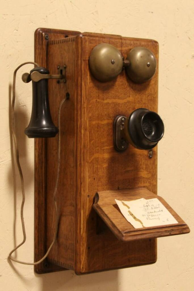 Sold Oak Crank 1900 Antique Wall Telephone W Generator