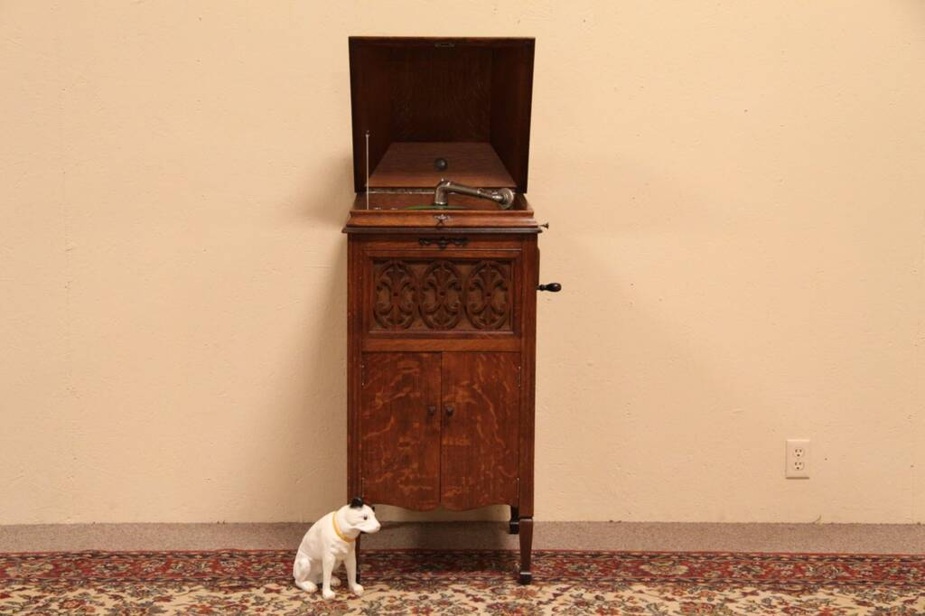 Sold Sears Silvertone Antique Oak Wind Up Phonograph Harp Gallery Antique Furniture