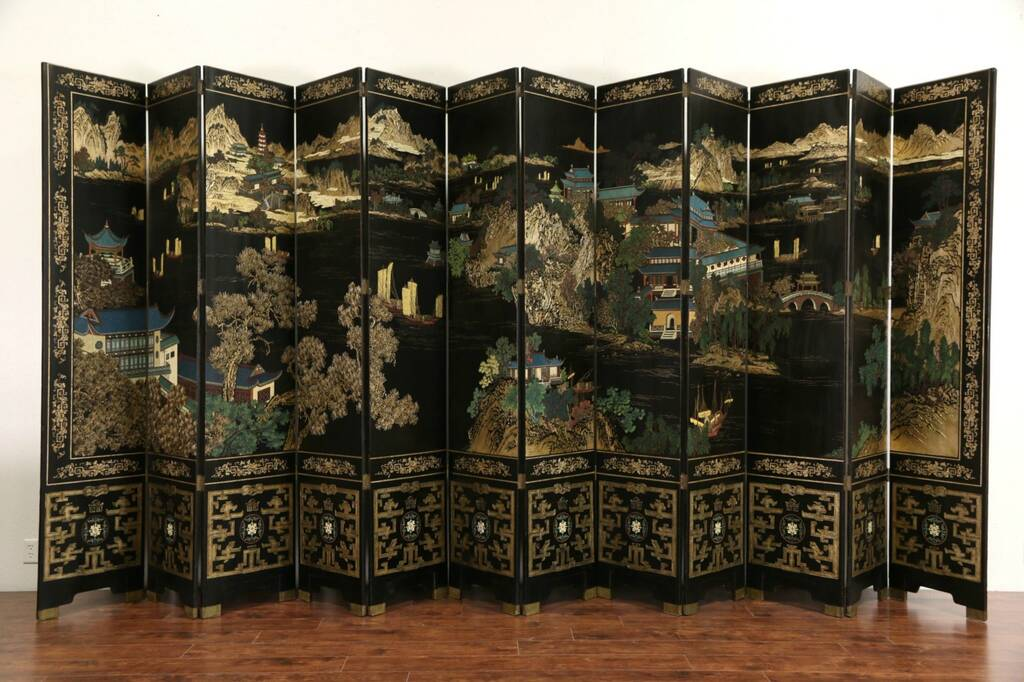 Sold Chinese 12 Panel 20 Wide Coromandel Carved Lacquer