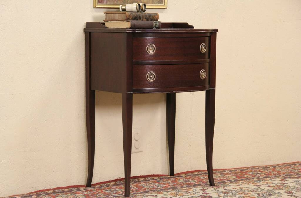 Sold Mahogany 1940 Vintage Nightstand Or End Table