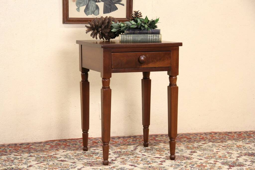 Victorian 1850 Antique Walnut One Drawer Lamp Table Or Nightstand