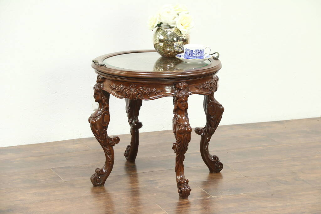 Chairside Or Coffee Table 1930 Vintage Walnut Carved