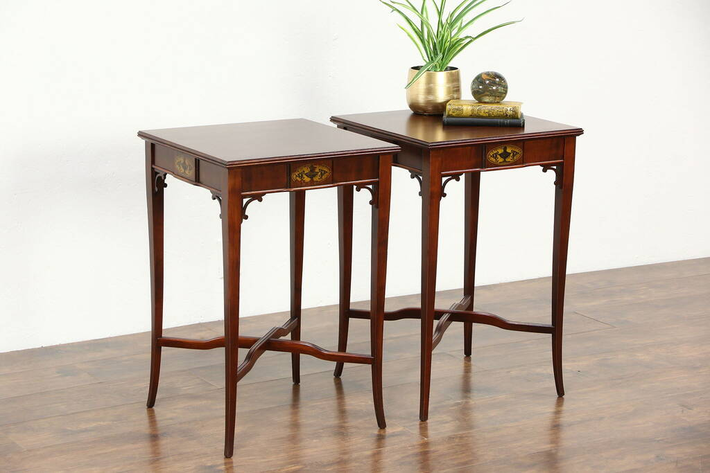 Pair Traditional 1940's Vintage Mahogany End Tables