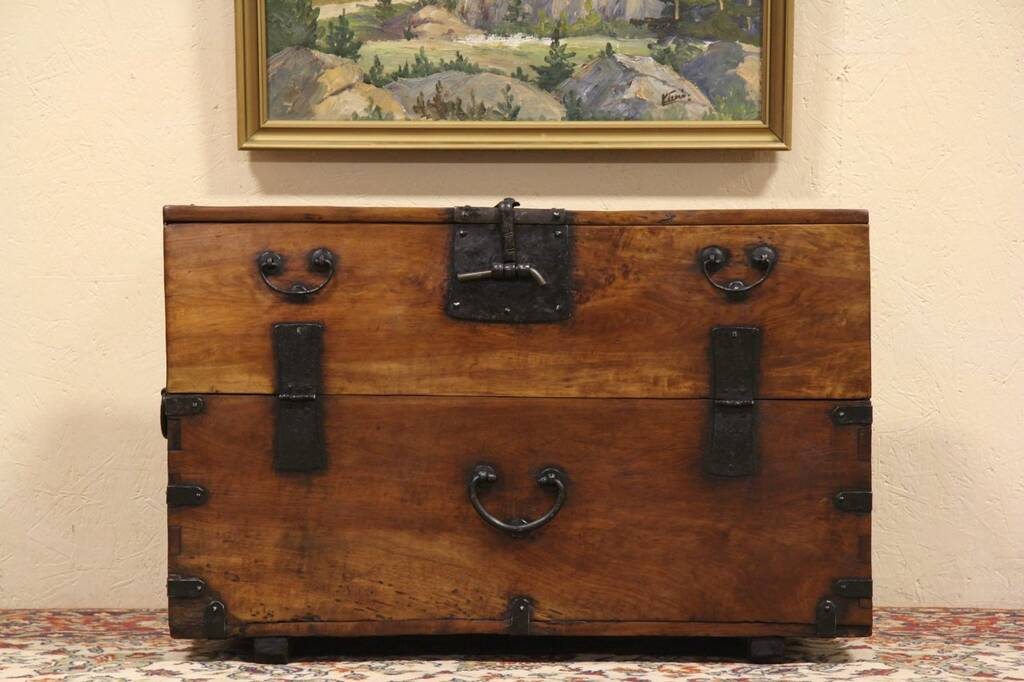 SOLD Korean Rustic Dowry Chest Trunk Or Coffee Table Harp Gallery