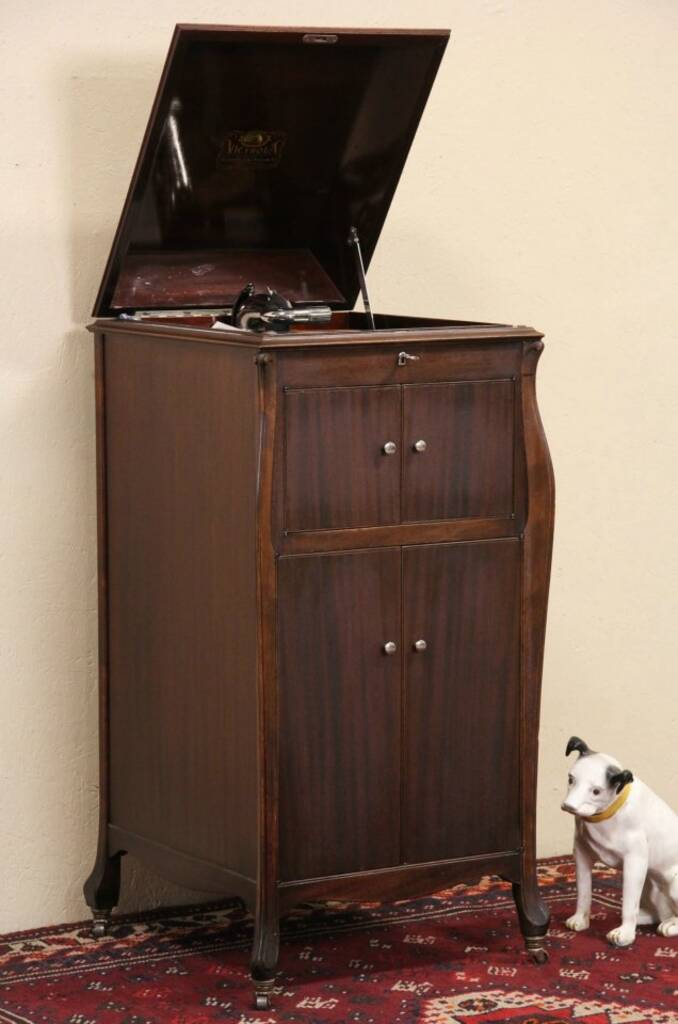 Sold Victrola Mahogany 1921 Antique Phonograph All