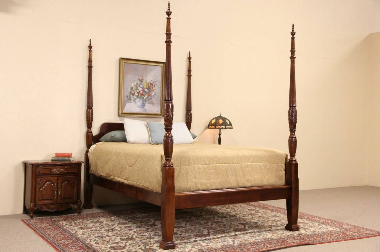 Charleston rice motif carved mahogany queen size for Plantation bedroom set