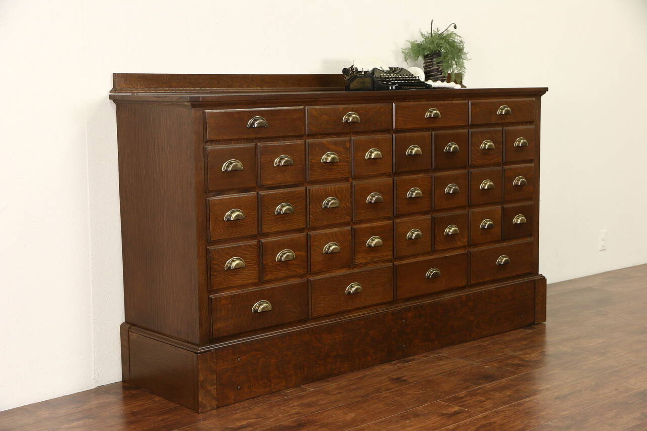 Oak 32 Drawer 1900 Antique Apothecary Or Drug Store