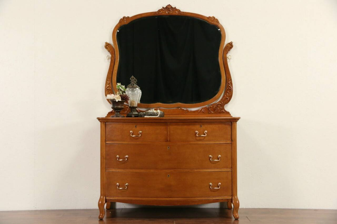 Curly Or Birdseye Maple 1910 Antique Chest Or Dresser