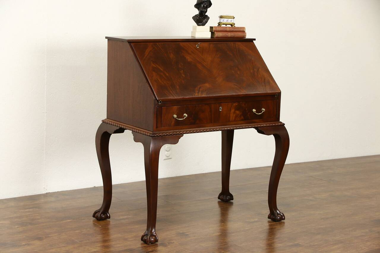 Georgian Chippendale 1940 39 S Vintage Flame Mahogany Carved