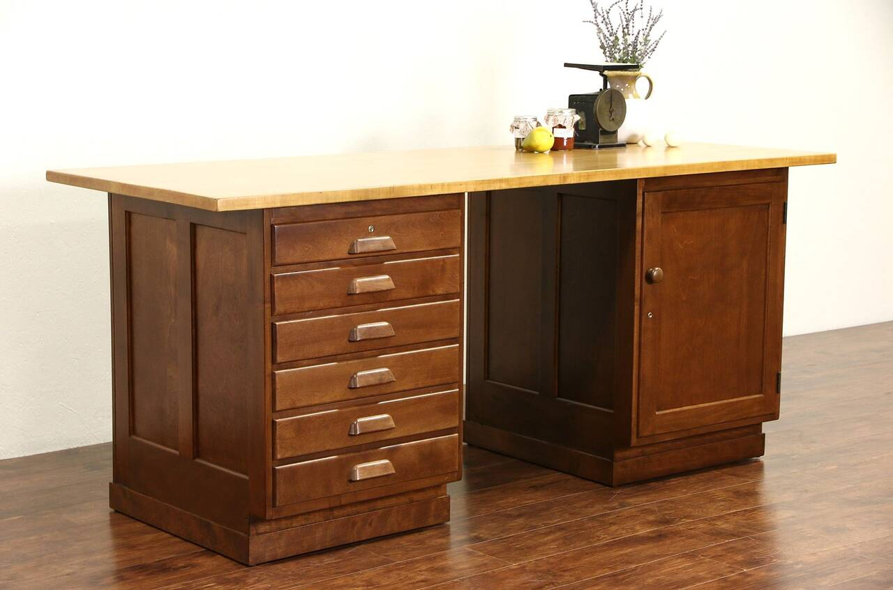kitchen island or counter maple butcher block top 1930 39 s. Black Bedroom Furniture Sets. Home Design Ideas