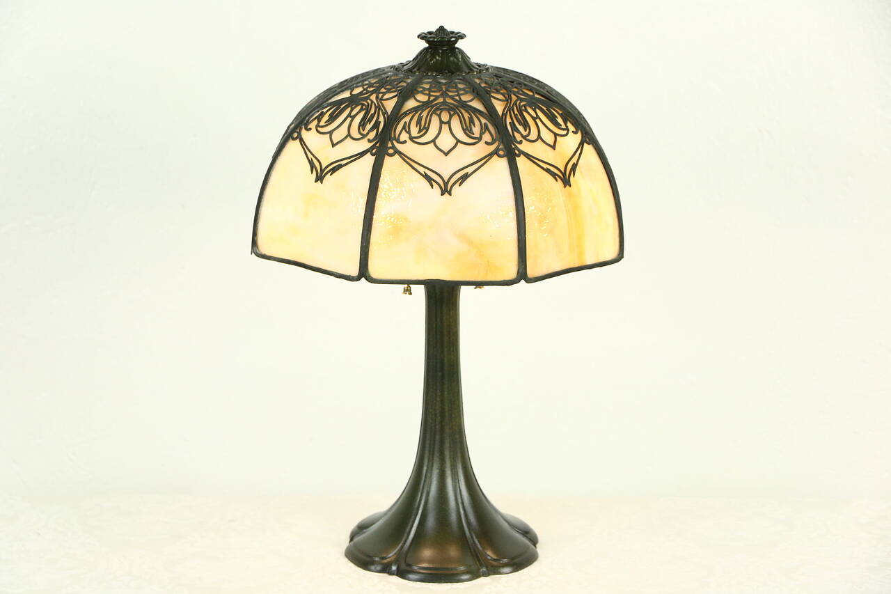 lamp 1915 antique octagonal curved panel stained glass shade ebay. Black Bedroom Furniture Sets. Home Design Ideas