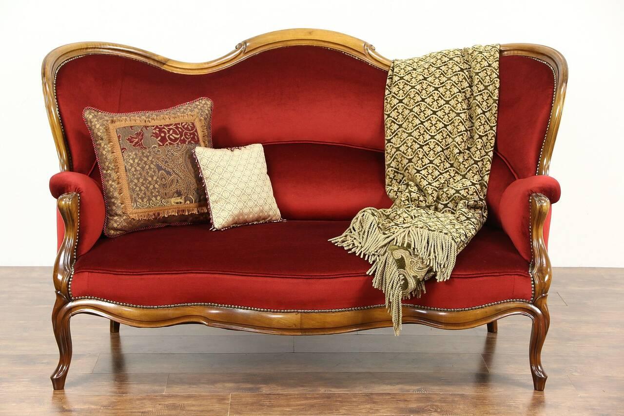 victorian 1890 39 s antique loveseat new red velvet. Black Bedroom Furniture Sets. Home Design Ideas